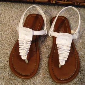 Other - White Ruffle Sandal Size 9
